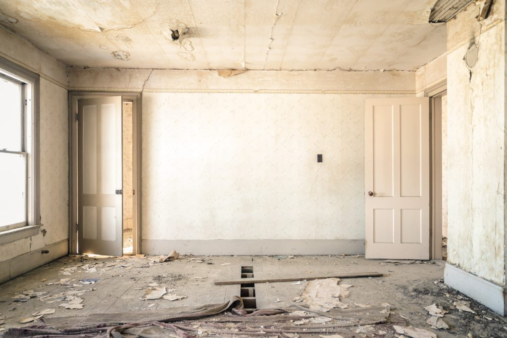 Don't Buy A Fixer Upper Before Reading This Guide | The Loaded Pig