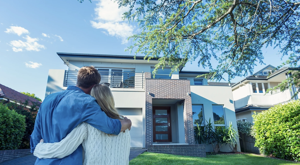 6 Questions You Must Ask When Choosing A Homeowner's Insurance Policy | The Loaded Pig
